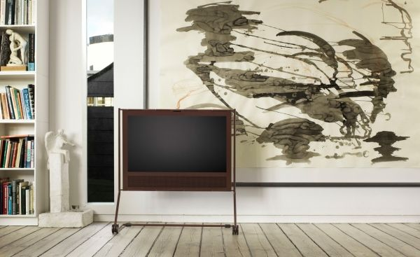 Bang & Olufsen BeoPlay V1 Havana LED TV with integrated movable stand_1