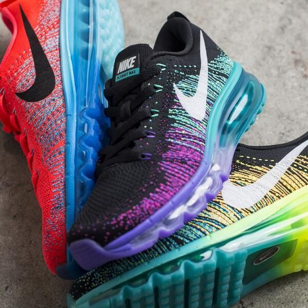 Nike Flyknit Max. In love with the colors.