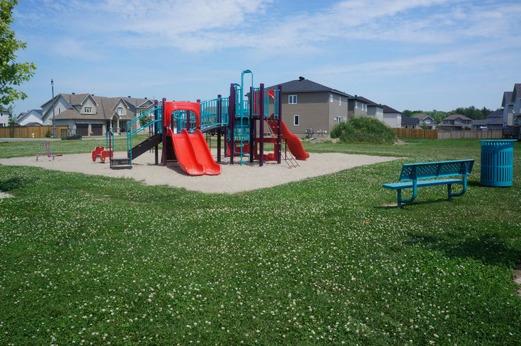 Olde Towne West park in #Russell has several play structures and is perfect for this family oriented community.