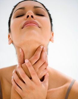 how to stop itchy throat