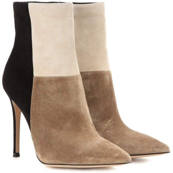 Gianvito Rossi Suede Ankle Boots ($780) ❤ liked on Polyvore featuring shoes, boots, ankle booties, booties, heels, ankle boots, beige, heeled ankle booties, suede booties and short heel boots