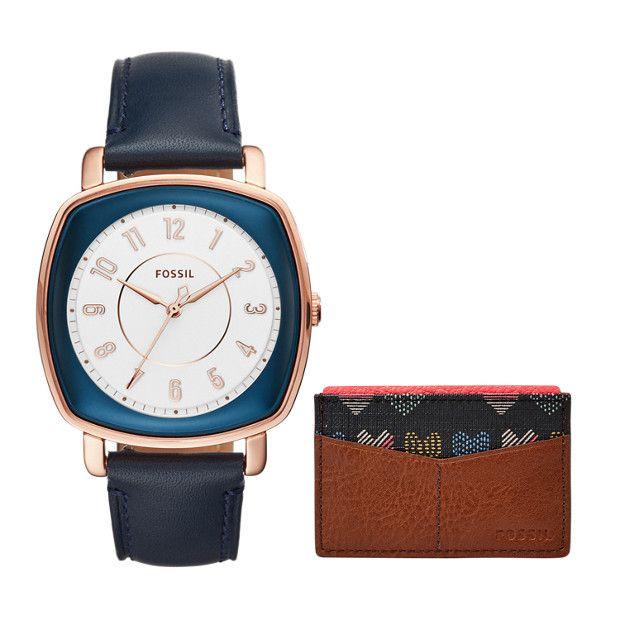 Cadeau idéal de la saison, le coffret Idealist comprend une montre à trois aiguilles ainsi qu'un porte-cartes au comble de l'élégance.