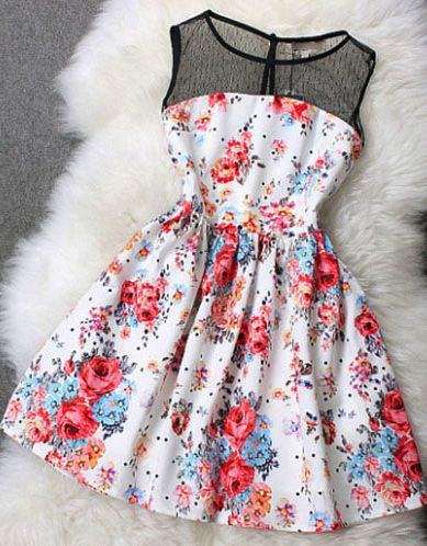 I really like the floral and the lace together really pretty