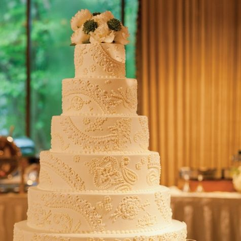 French Lace Style Wedding Cake