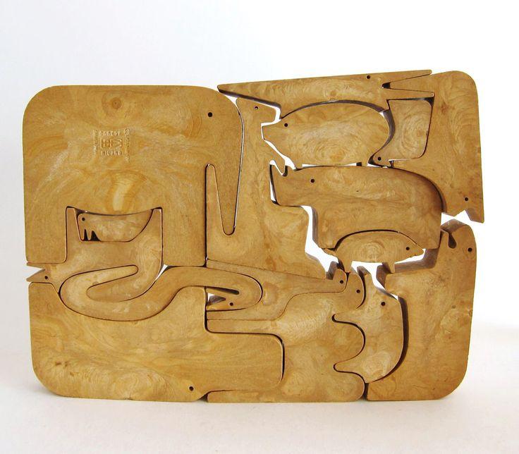 Vintage Spotlight – Enzo Mari 16 Animali Puzzle for Danese Milano | two string jane