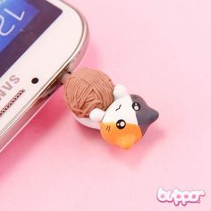 Neko Earphone Jack Charm - Wool Ball