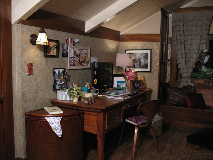 That cute laundry basket shows that every part of your room can add to the overall decor!! #PLL