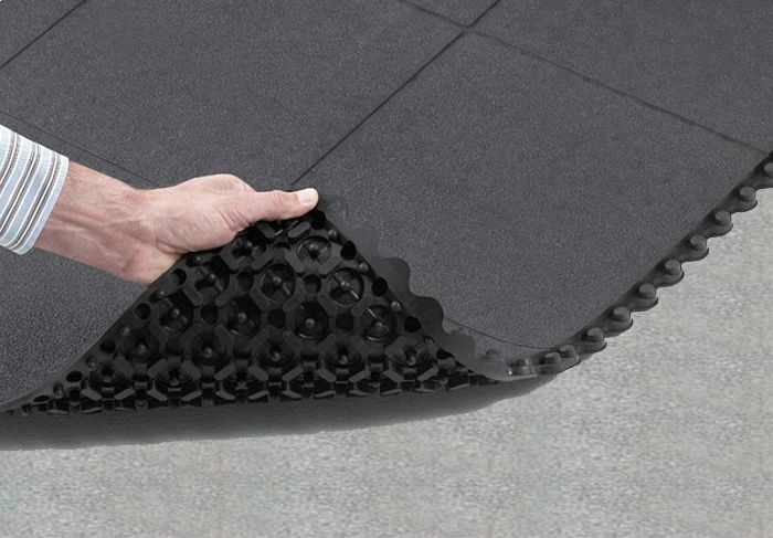 Playgroundmats® has been working very hard to make you feel comfortable regarding your child. Our Interlocking Rubber Mats keep your children safe