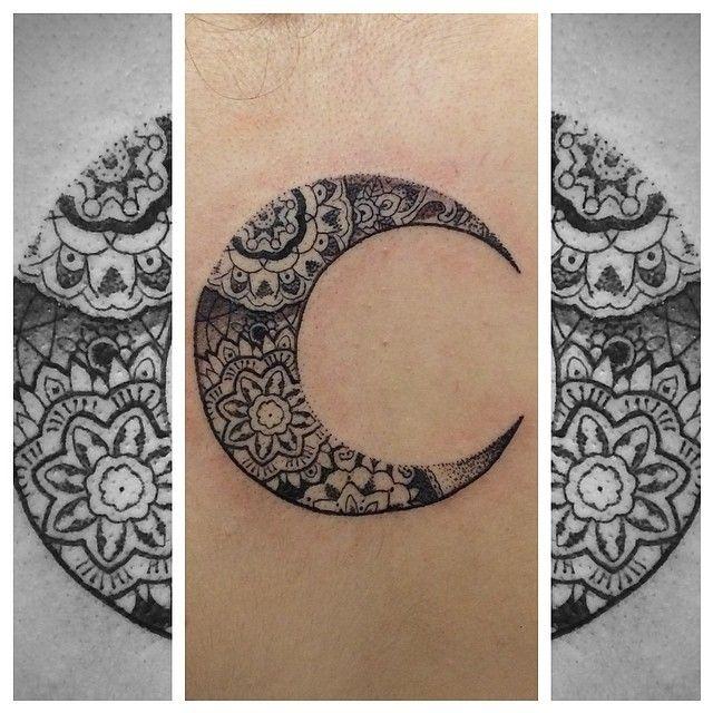 Ornamental moon tattoo ink pinterest tatouage de lune lune et id es de tatouages - Tatouage pleine lune ...