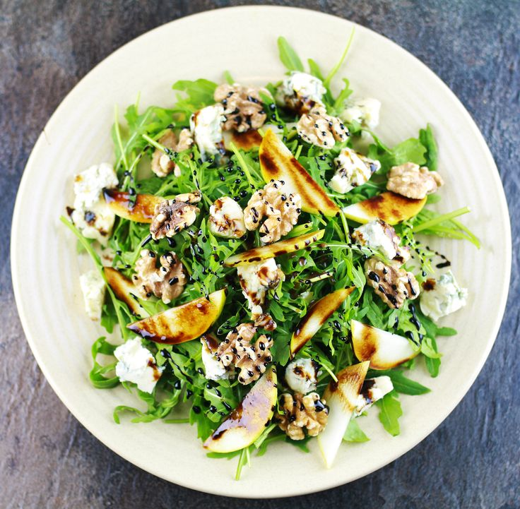 Rocket Gorgonzola, Pear, Walnuts, Balsamic Vinaigrette