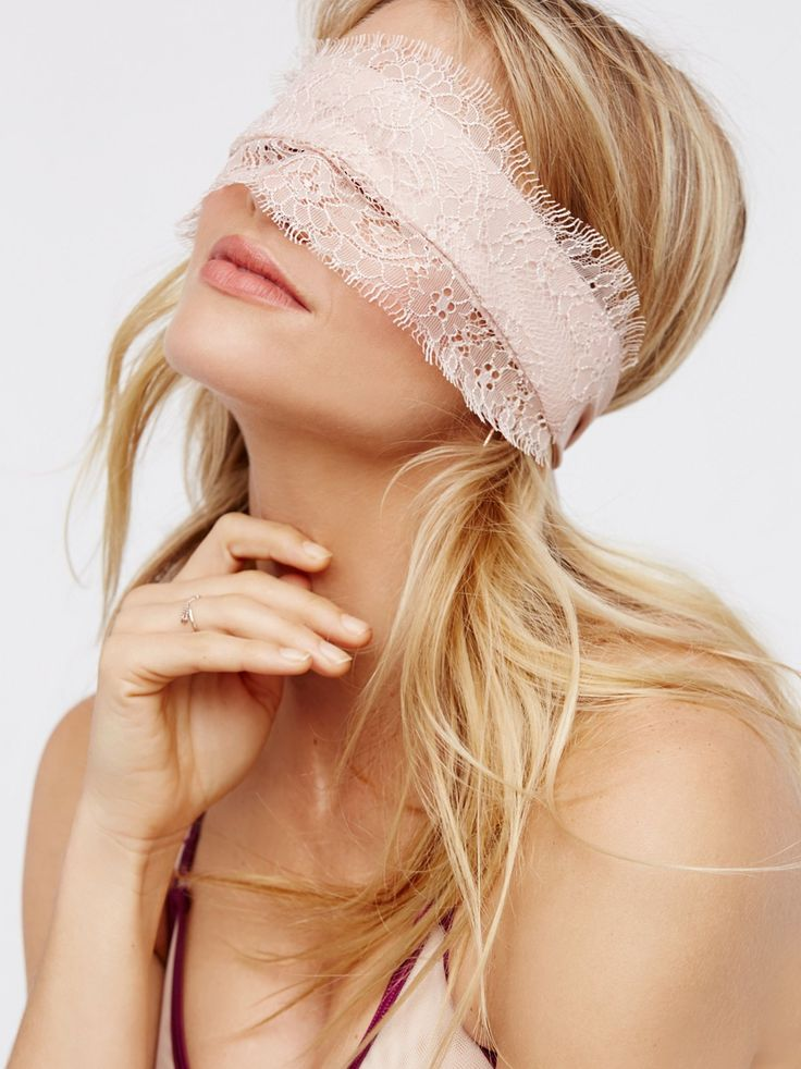 Lace Blindfold   Keep things interesting with this sassy lace blindfold.    * Delicate scalloped eyelash lace overlay.   * Comfortable and adjustable fit.
