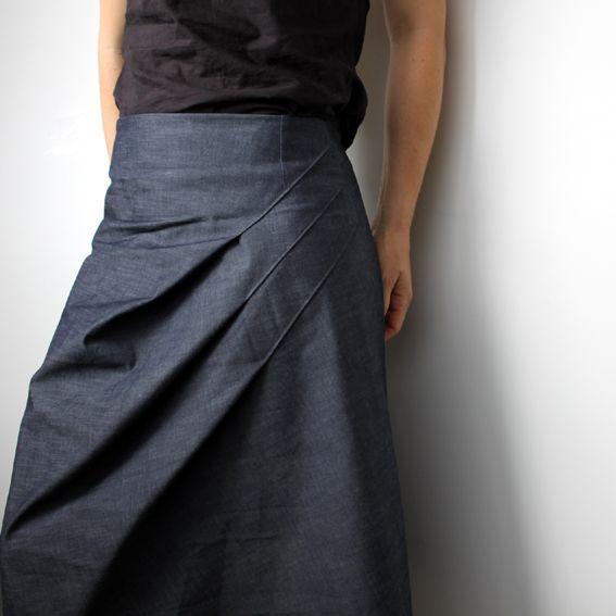 falda azul (con tablas - pinzas) - inspiracion