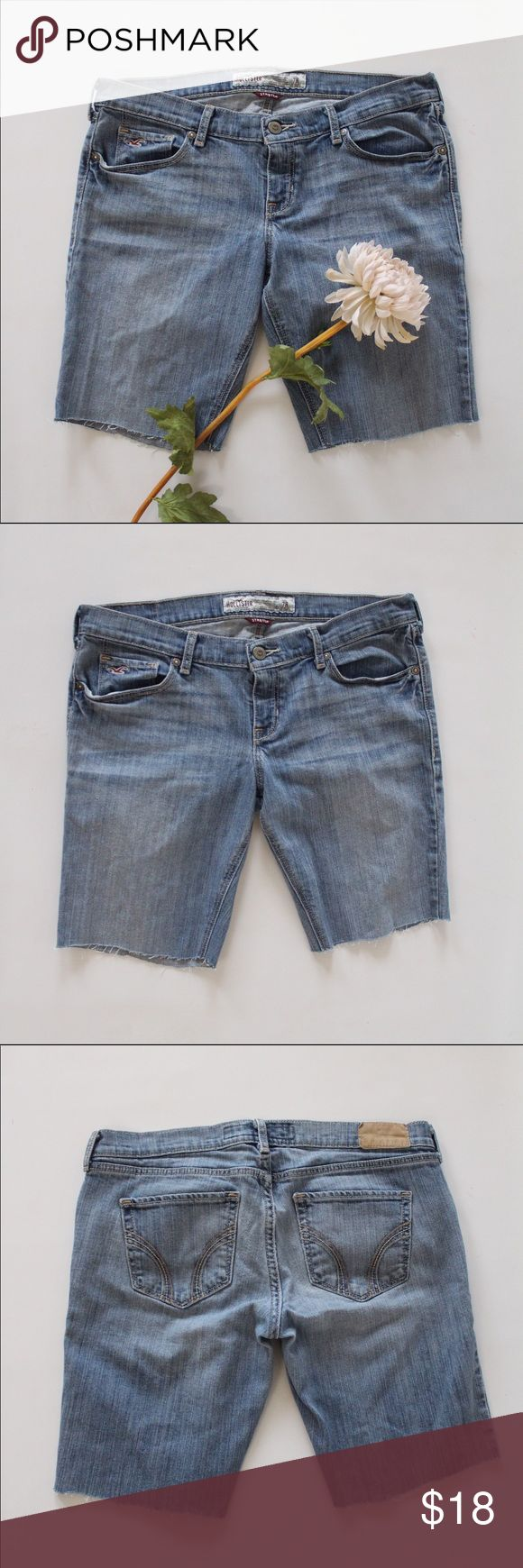 Hollister Denim Juniors Shorts Cute and comfy, durable denim by Hollister. Excellent condition. Size 7R. Hollister Shorts Jean Shorts