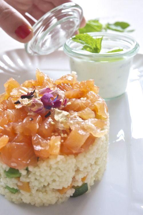 tartare di salmone marinato con couscous alle verdure