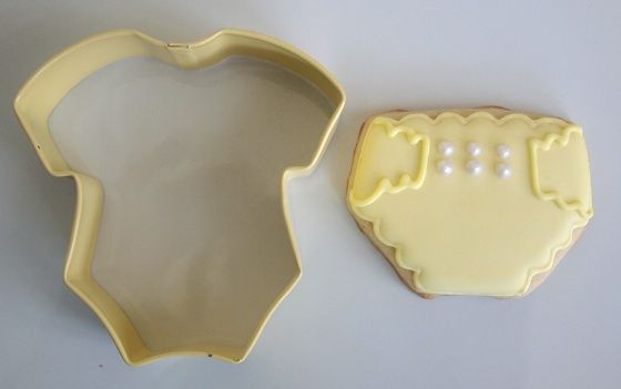 Dainty Yellow Diaper Cookies from a Onesie Cookie Cutter | Make Me Cake Me