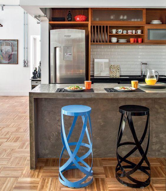 10 Revestimentos Para Bancadas de Cozinha - Bancada de Concreto (Cimento Queimado)