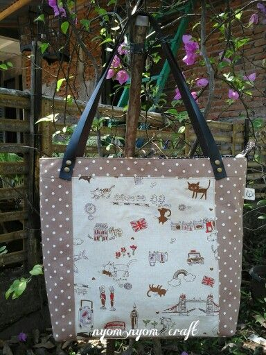 Quilt tote bag meow