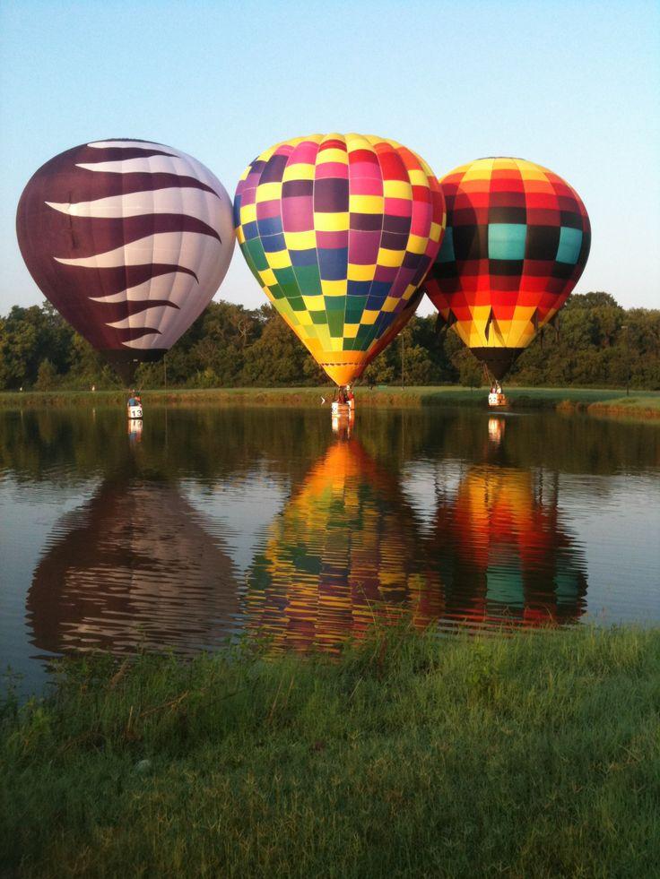 3reflectionofwater.jpg (1536×2048) Hot air ballon