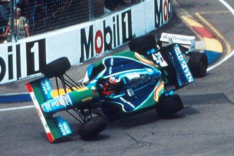 Michael Schumacher, Adelaide 1994, Benetton B194....The incident with Damon Hill (Williams FW16B)