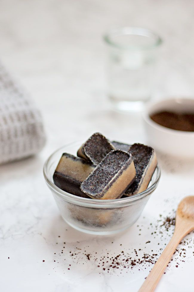 With moisturizing coconut oil, soothing green tea, and exfoliating coffee grounds, these body scrub cubes will help you banish dry skin for good.