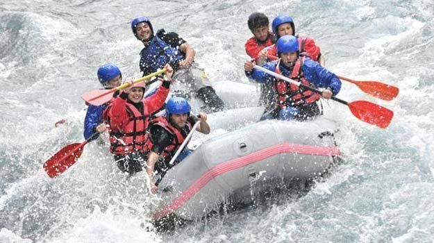 White Water Rafting In Dandeli - Dandeli Rafting  The most adventures places in dandeli is white water rafting. It is a exciting recreational water activity. Dandeli Rafting offers white water rafting in dandeli at an affordable price. To know more please visit at http://dandelirafting.com/white.php