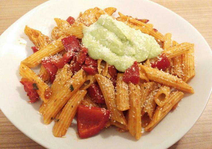 Pasta Avocado - Paprika, ein tolles Rezept aus der Kategorie Pasta. Bewertungen: 115. Durchschnitt: Ø 4,4.