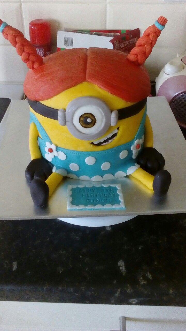Minion cake!