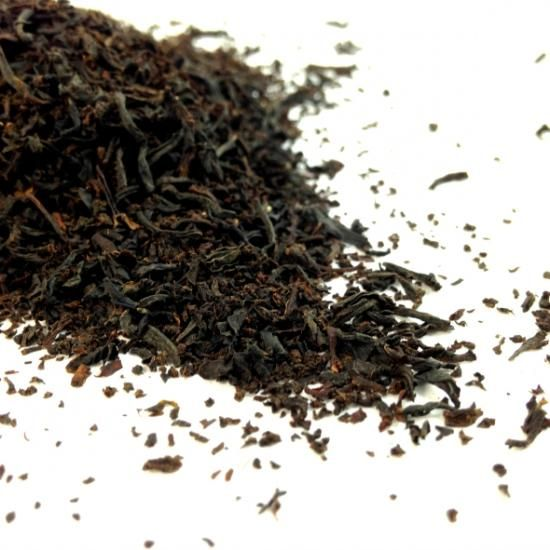 IRISH BREAKFAST A full bodied blend of Ceylon and Assam. This tea is a malty, hearty brew with a solid helping of endearing Irish charm.
