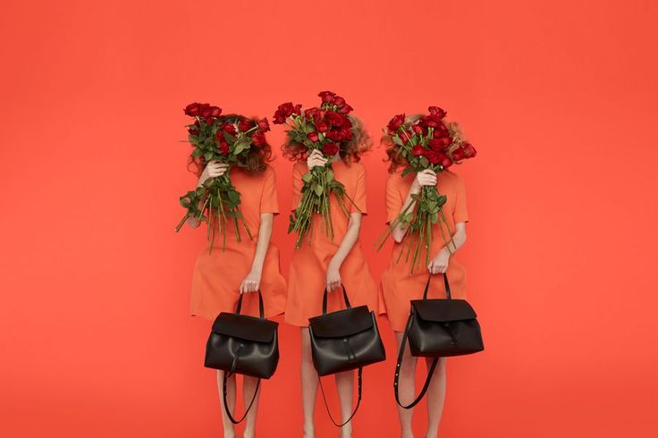 Black Bags from the Mansur Gavriel Fall 2015 Collection // Check out the whole lookbook: http://www.racked.com/2015/7/21/9011645/mansur-gavriel-fall-lookbook#?utm_medium=social&utm_source=pinterest&utm_campaign=racked