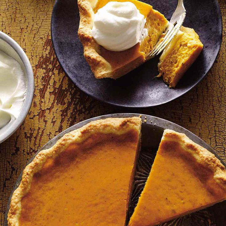 Classic Pumpkin Pie (The Best)