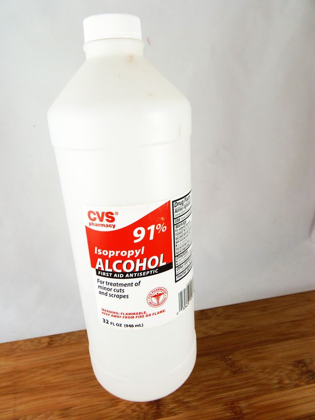 12 Unexpected Ways to Use Rubbing Alcohol
