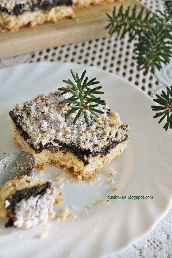 The poppy-seed cake crispy base (Makowiec na kruchym spodzie)