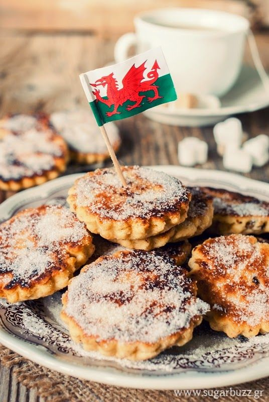 Sugar Buzz: Welsh cakes - παραδοσιακά ουαλέζικα μπισκοτο-κεκάκια