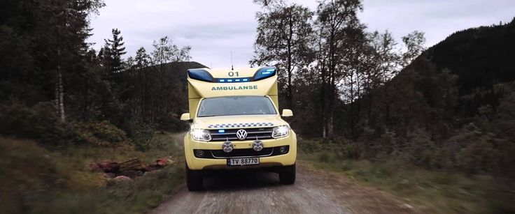 The Norwegian Helse Førde film shows how Volkswagen Amarok Tamlans modular ambulance works together with air ambulance in difficult terrain in Norway.  Watch the Norwegian video:  https://www.youtube.com/attribution_link?a=aBrRwJ2x9KY&u=/watch%3Fv%3DQdSZ-lbQaHU%26feature%3Dshare