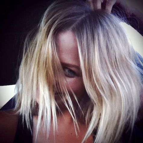 Photos of Lara Bingle's New Haircut: She Shows Off Bob Hairstyle on Twitter