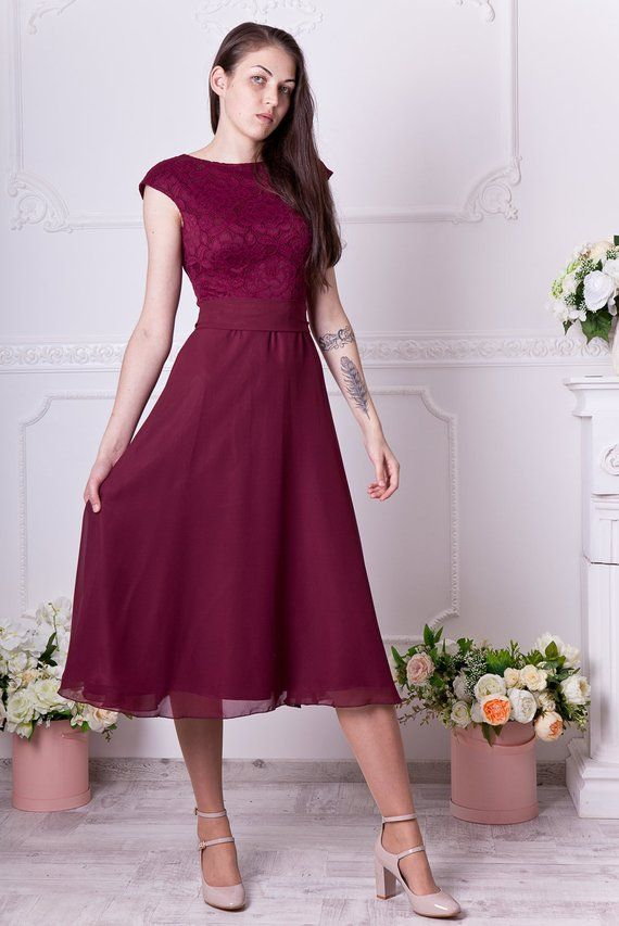 Short Burgundy Lace Dress Short Bridesmaid Dress Knee Length Etsy Knee Length Bridesmaid Dresses Short Burgundy Bridesmaid Dresses Lace Burgundy Dress