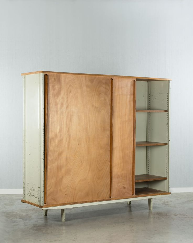 Jean PROUVE - Metal and Wooden AG 11 Wardrobe, 1947