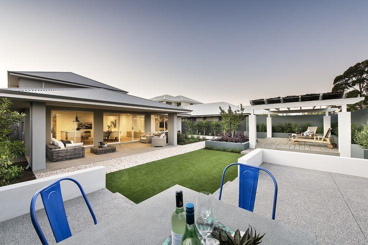 Newport Backyard | apg Homes