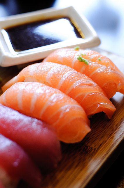 salmon tuna nigiri so yummy www.offersushi.com