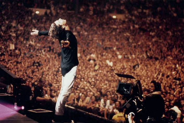 INXS - Concert For Life, Sydney 1992. Michael Hutchence..holy stage presence!!
