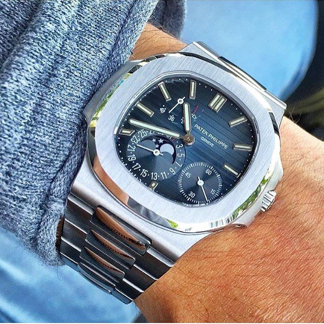 In love with this Patek Philippe Nautilus #5712A from @dannydayekh | #LoveWatches