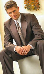 Brown tuxedos: Trends in Men's Formal Wear: Timeless Tuxedos