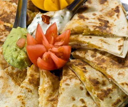 Love me my quesadilla's!!!!!Football Party Foods, Black Bean Quesadillas, Women Health, Football Parties Food, Womans Health Magazine, Super Bowls Food, Healthy Food, Woman Health Magazines, Spring Rolls Wrappers