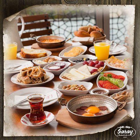 Adab-ı Muhallebi; daha keyifli, daha lezzetli kahvaltı sofraları hazırlayarak farklılaşmaktır.