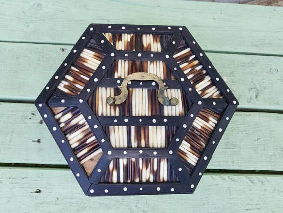 25 best ideas about hexagon box on pinterest paper boxes paper box template and gift boxes uk - Bloomingville schorsing ...