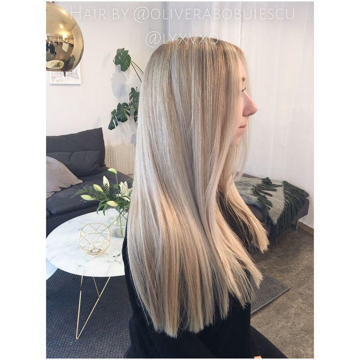 Blont hår med slingor. Hur gör man för att uppnå en snygg blond hårfärg?