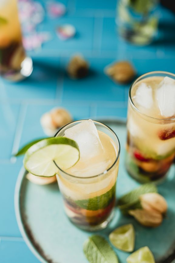 What you can drink during the summer months that's refreshing and  different? And not soda!  The reality is, sodas are bad for your health. Want details?