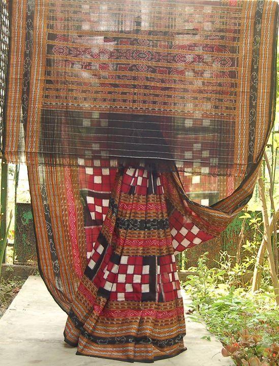 Pasapalli saree from Orissa.... The original checks of ikat