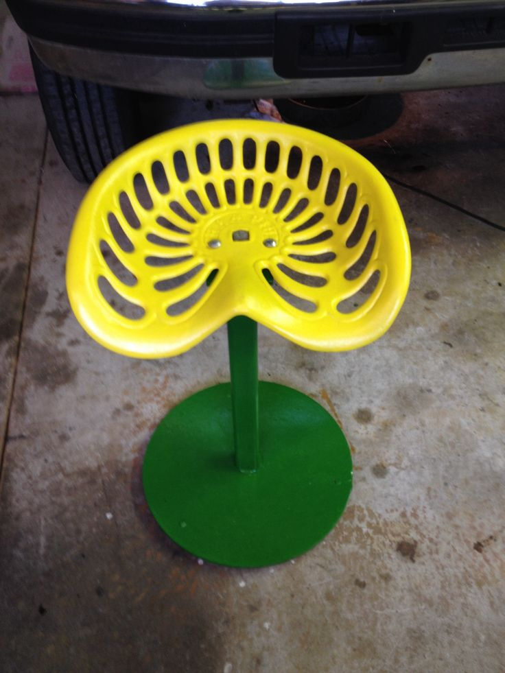 17 Best Images About Tractor Seat Bar Stools On Pinterest