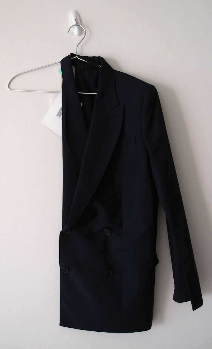 Single-sleeved dinner jacket, Maison Martin Margiela. Words can't describe my love for this jacket.